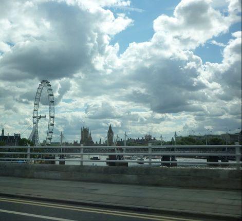 london_szeme.jpg