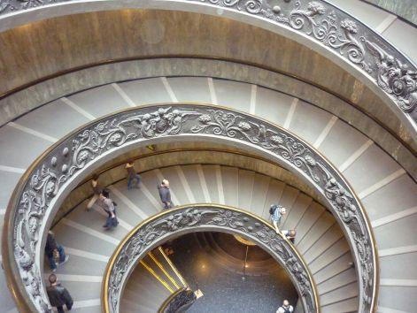 vatikani_muzeum_lepcso.jpg